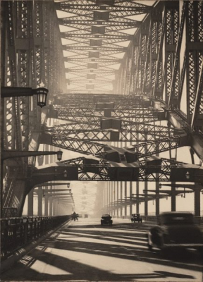 Sydney Harbour Bridge, c.1934. Image: Art Gallery of NSW.