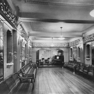 Period photo of the interior of the Paragon Restaurant in Katoomba. Photo © In Their Own Image project.