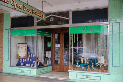 The Open Door Bookshop, Hoskins Street, Temora.