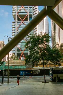View looking out from the entrance of the former Capita Centre towards 8 Chifley Square. Architects: Capita Centre – Harry Seidler; 8 Chifley Square – Rogers Stirk Harbour + Partners.